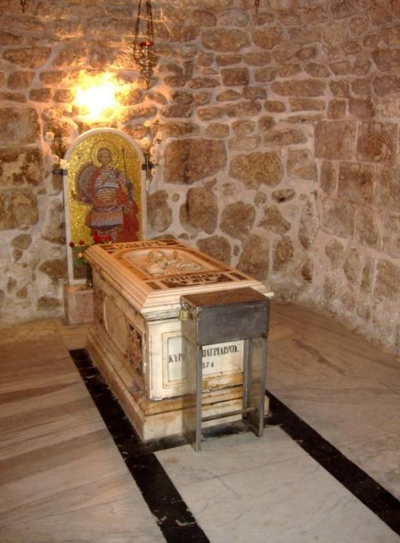 Grobnica-sv-Georgiya-v-Lidde-1