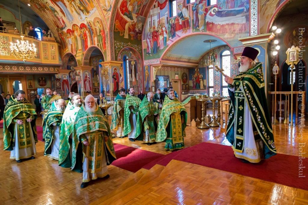 10082014_sergius_of_radonezh_liturgy_35