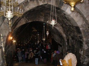 Вход в пещеру (храм) Успения