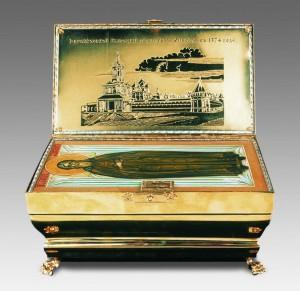 Ковчег с мощами прп. Германа Аляскинского - дар Святейшего Патриарха Алексия II