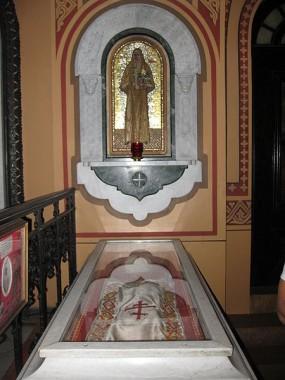 Перенесение останков Елизаветы Фёдоровны и сестры Варвары в Иерусалим. Рака с мощами святой Елизаветы