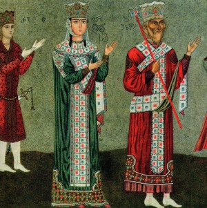 Святая благоверная царица Тамара (в центре), ее сын царь Георгий IV и отец царь Георгий III. Фрагмент фрески монастыря Бетания.