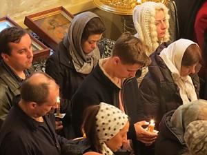 Многочисленные верующие Бруклина собрались на Таинство Елеосвящения