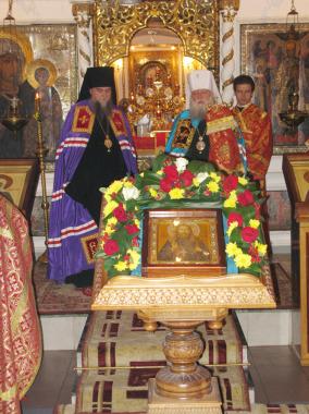 Всенощное бдение в Яковлевско-Благовещенском храме г. Ярославля 1 ноября, накануне дня памяти священномученика Николая Любомудрова