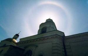 Радуга над храмом в день прославления святого Павла Таганрогского