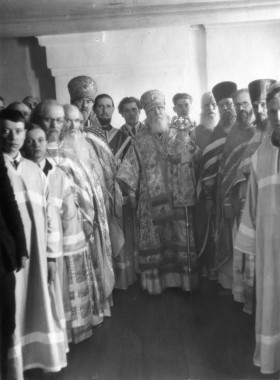 Отец Севастиан с духовенством