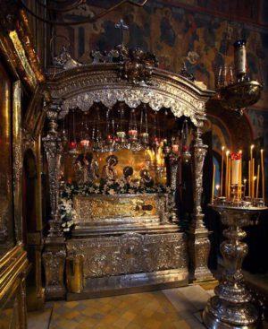 Мощи преподобного Сергия в Троице-Сергиевой Лавре