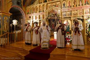 Высокопреосвященнейший митрополит Иона