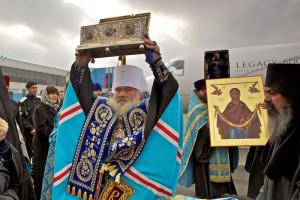 Принесение пояса Пресвятой Богородицы в Россию организовал Фонд святого Андрея Первозванного