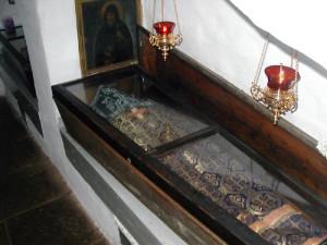 Мощи Николы Святоши, князя Черниговского в Ближних пещерах Киево-Печерской Лавры