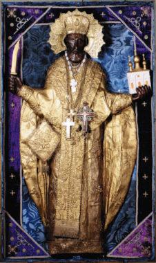 Резная икона святителя Николая Чудотворца – «Николы Можайского», одна из самых древних и почитаемых святынь Арзамаса