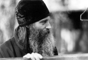 Иеромонах Серафим (Роуз) в монастыре Прп. Германа. 1979 г.