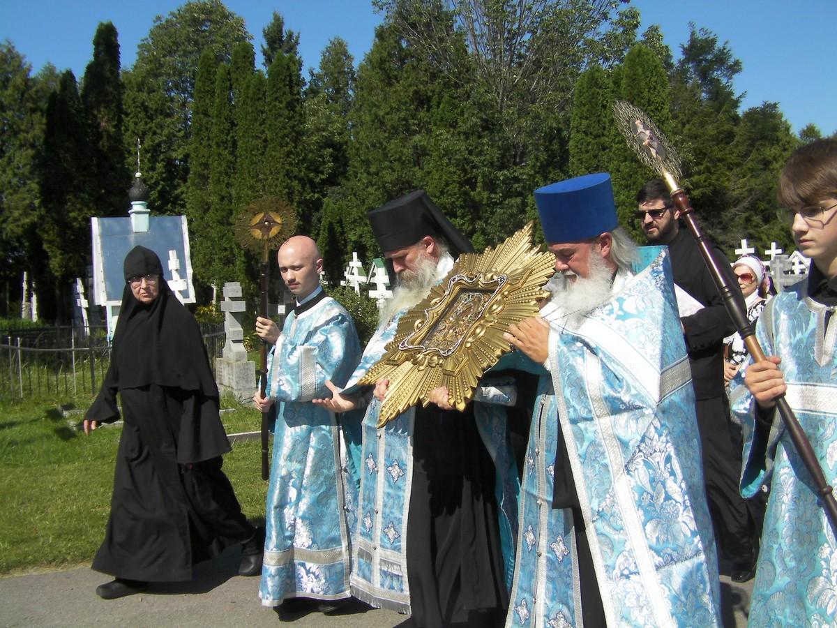 st-trinity-monastery_3-5-sept_11