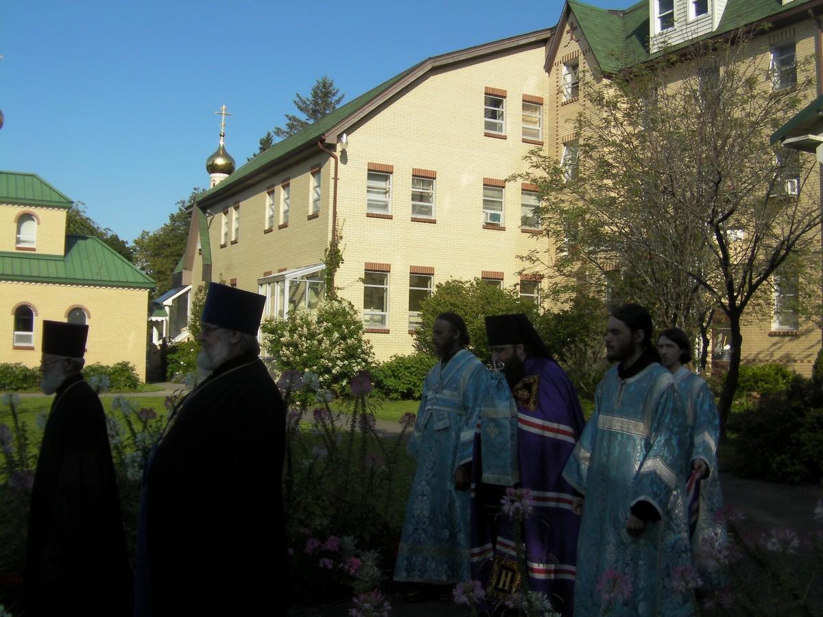 st-trinity-monastery_3-5-sept_18