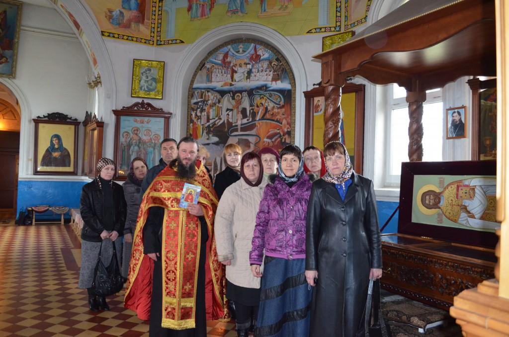 palomniki-y-moschei-nikolaia_iskrovka