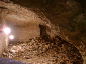 Вифлеем. Одна из пещер с мощами убиенных младенцев