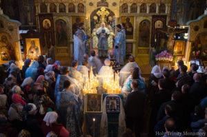 Божественная литургия в Св-Троицком монастыре