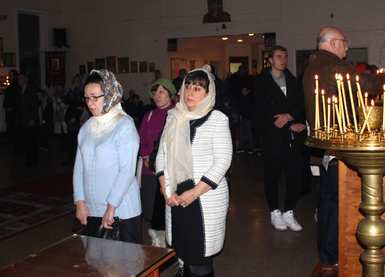 Rozhdestvo-KHristovo_6-7_Jan-2019_26