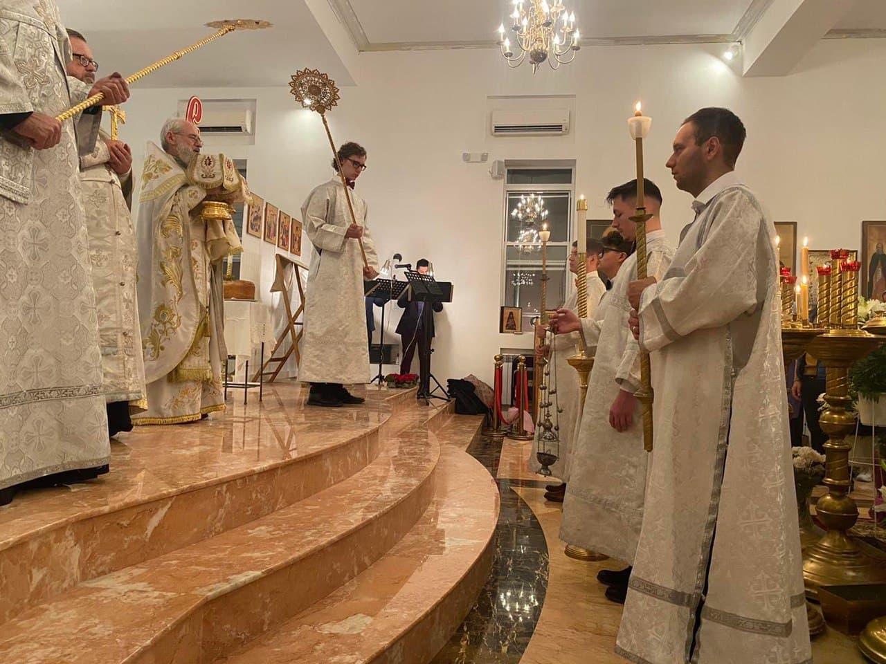 Easter_Brooklyn-Church_2021-5-02_02